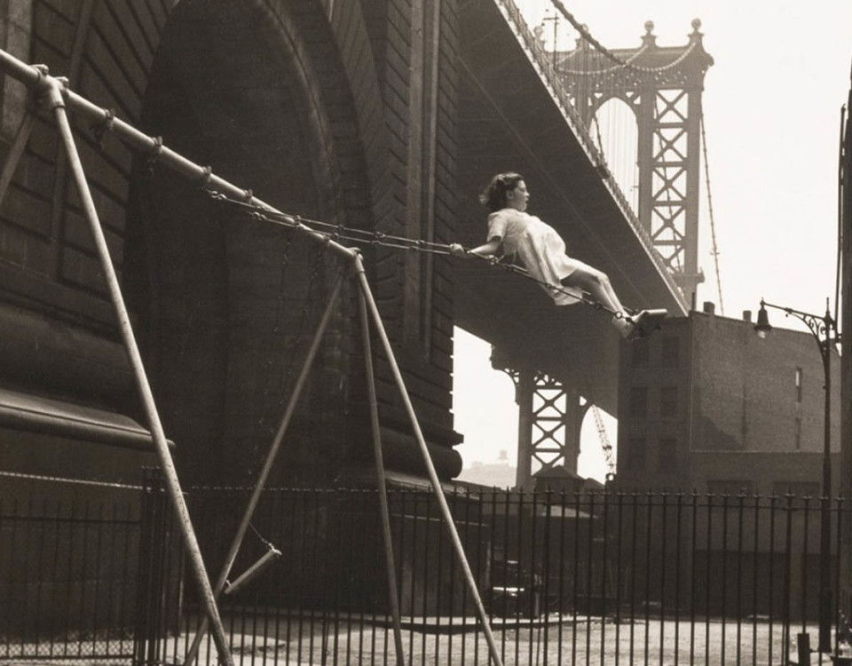 vintage-playground-walter-rosenblum-girl-on-a-swing-pitt-st-new-york-1938-mignon-1024x815