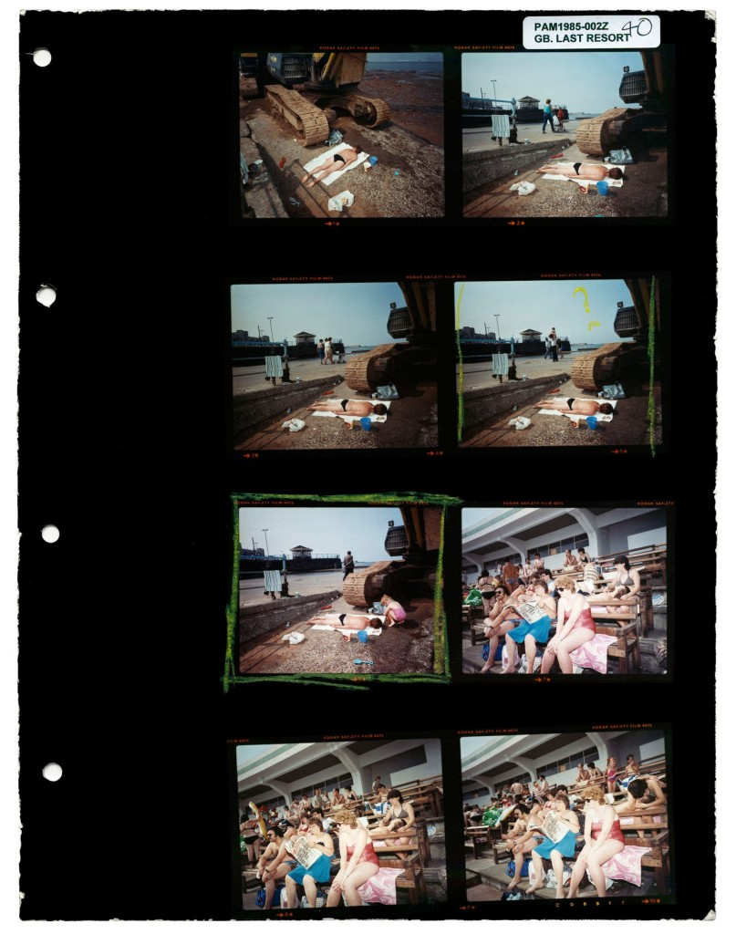 1735_6_Martin-Parr_Last-Resort_fuer-Magnum-Contact-Sheets